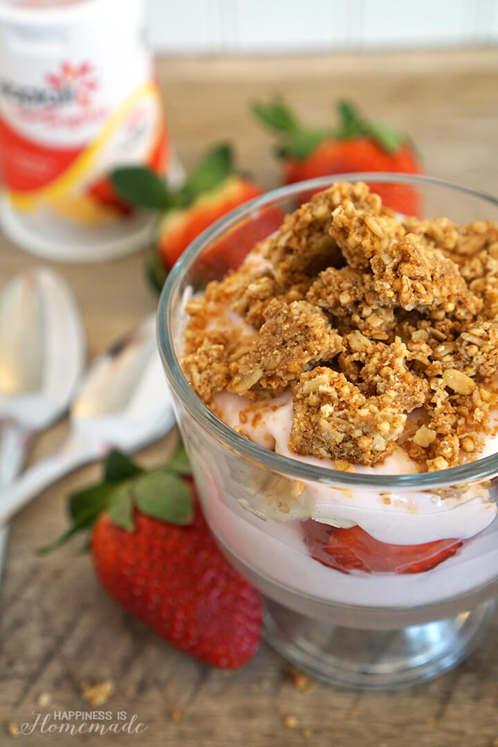Snacksational Strawberry Banana Parfait