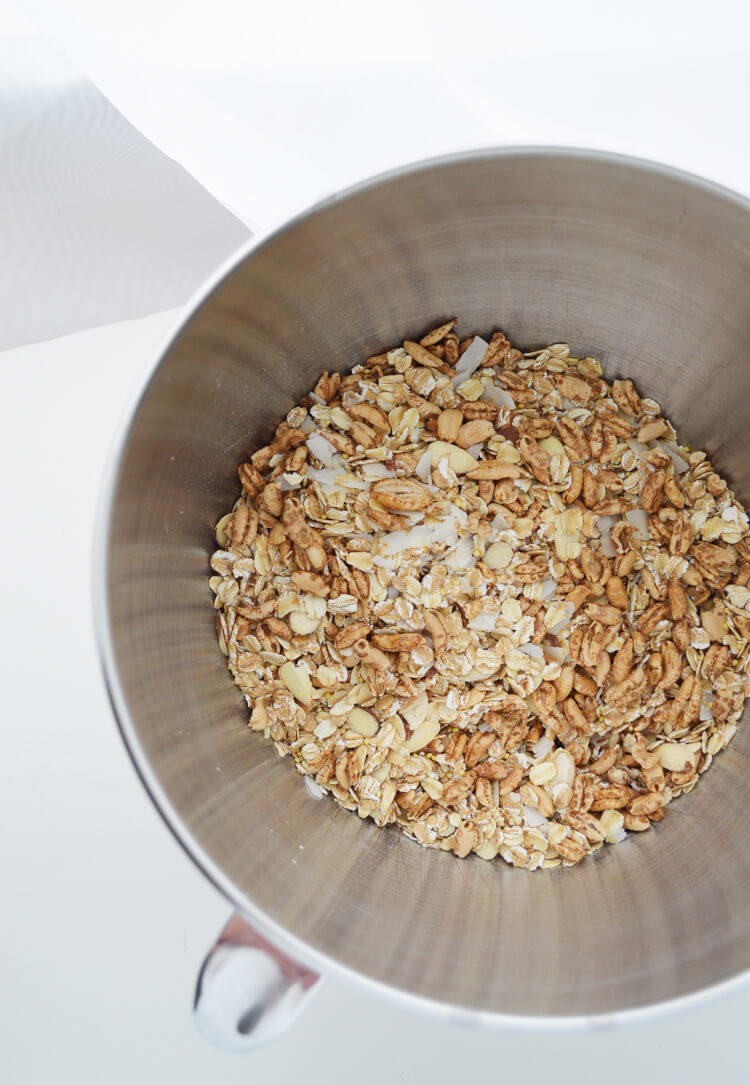 Easy naturally sweet granola (4)