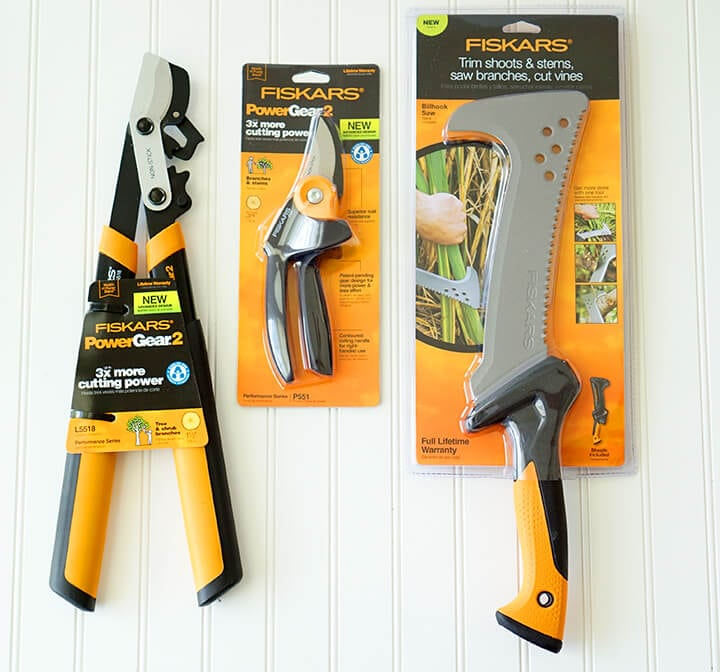 Giveaway fiskars garden tools happiness is homemade for Gardening tools must have