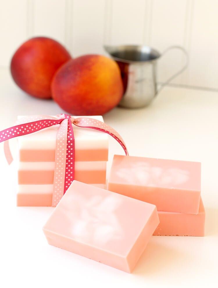 Peaches and Cream Soap - Great DIY Homemade Gift Idea