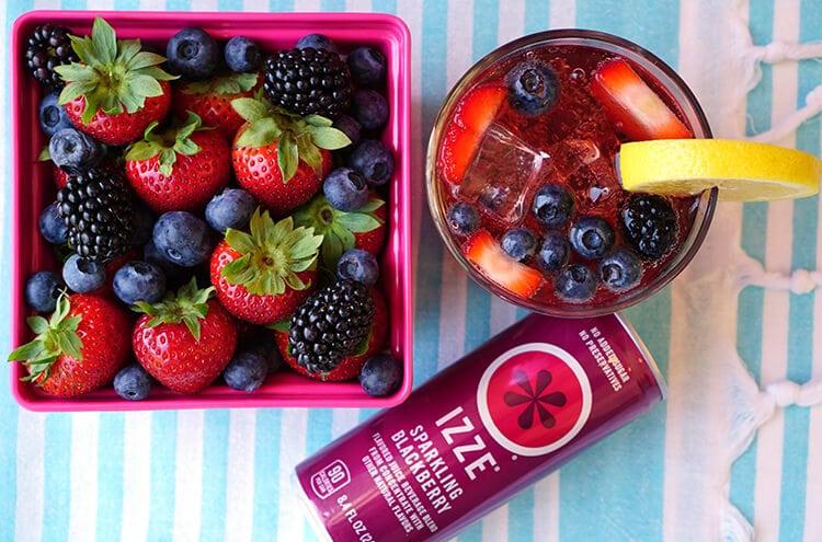 Berry Sparkler Cocktail