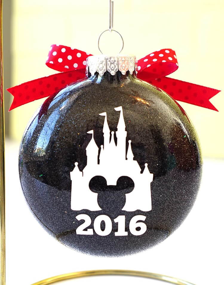 cinderellas-castle-and-date-on-the-back-of-disney-ornaments