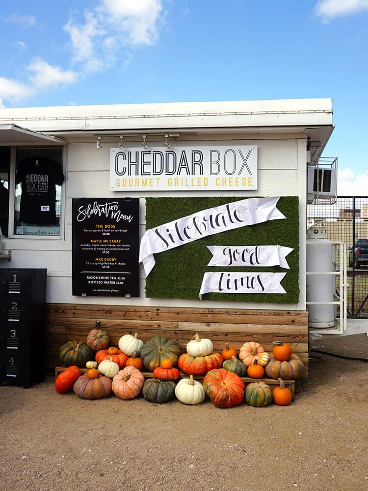 cheddar-box-grilled-cheese-food-truck