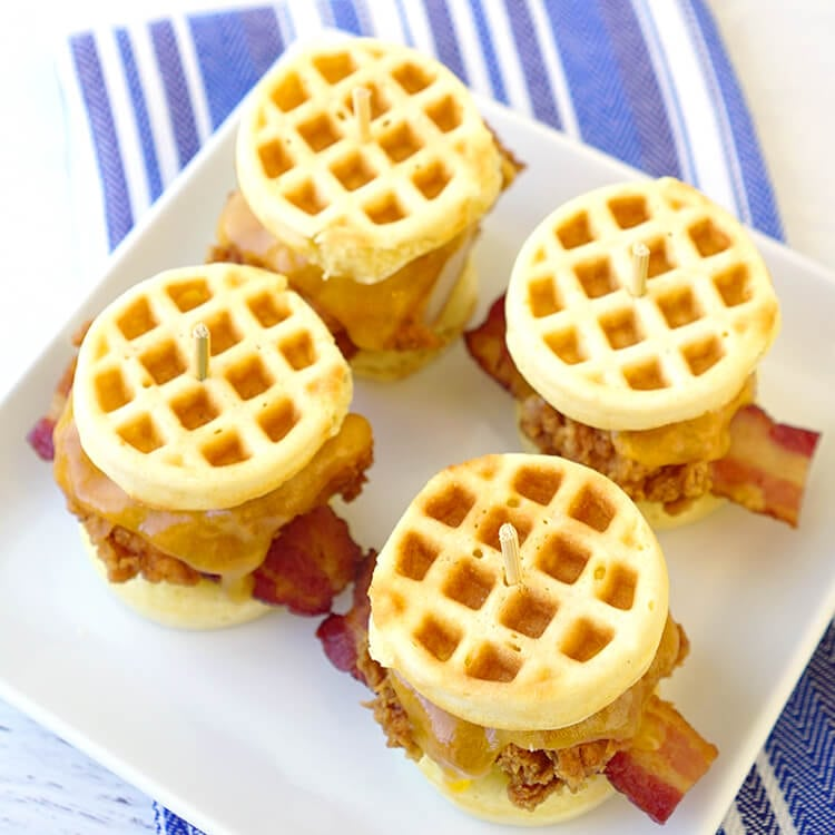 cornbread-waffle-and-chicken-sliders