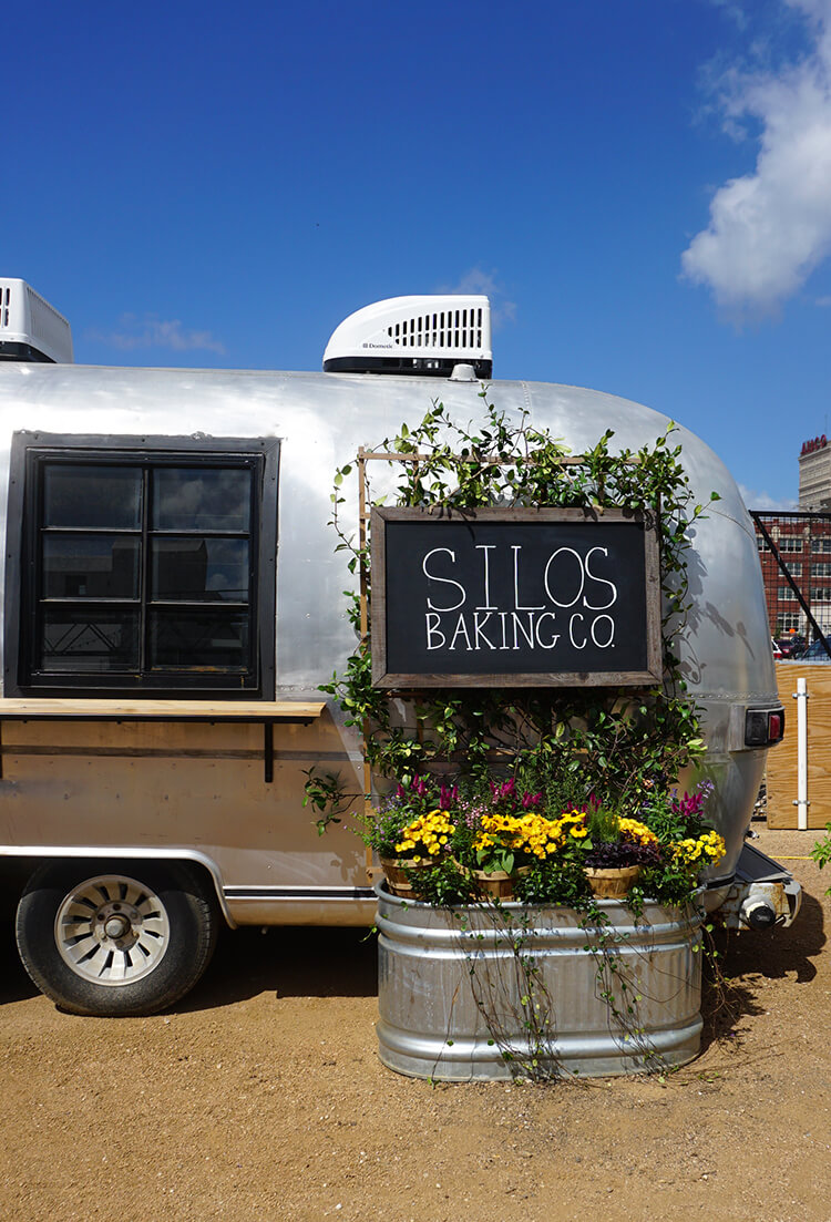 silos-baking-co-food-truck-airstream-trailer