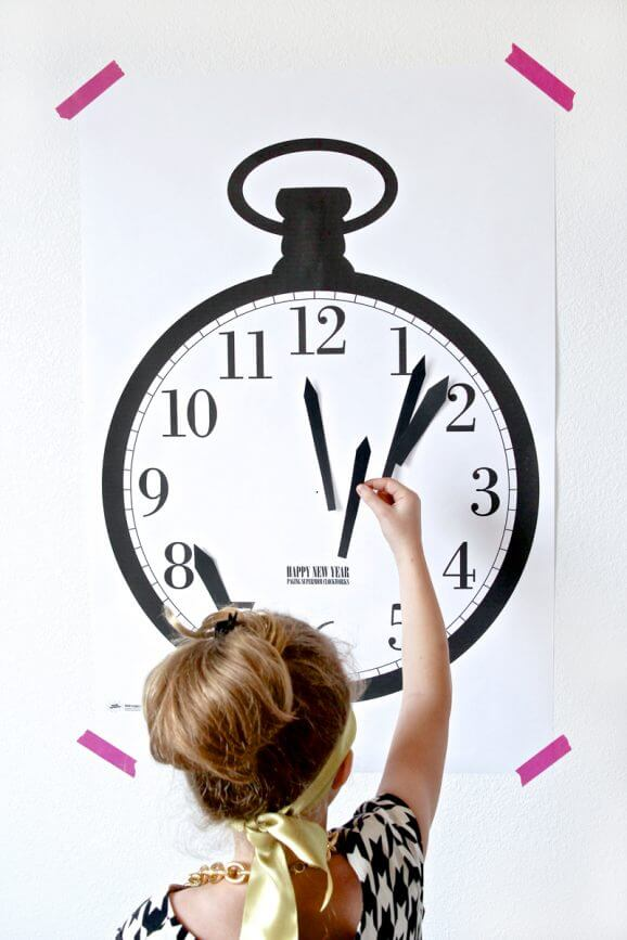 new-years-clock-game-2-578x867
