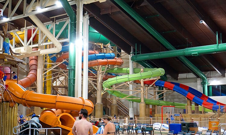 water-slides-at-great-wolf-lodge