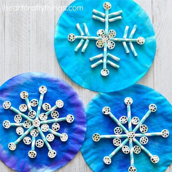 Easy Winter Kids Crafts That Anyone Can Make - Happiness ...