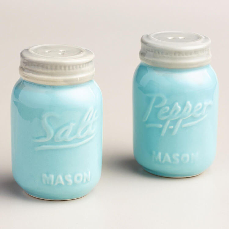 mason-jar-salt-and-pepper-shakers
