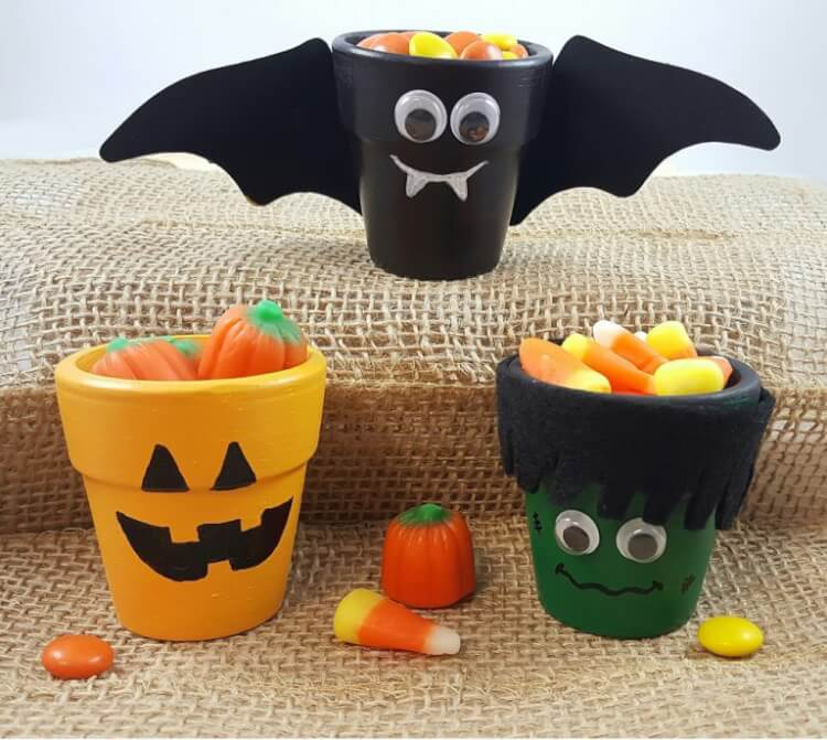 Halloween Crafts And Decorations: Quick & Easy Halloween Crafts For Kids