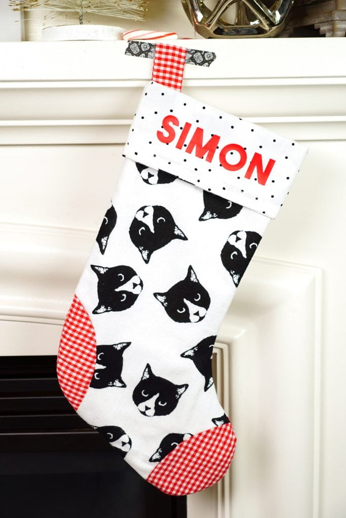 Easy Christmas Stockings - Happiness is Homemade
