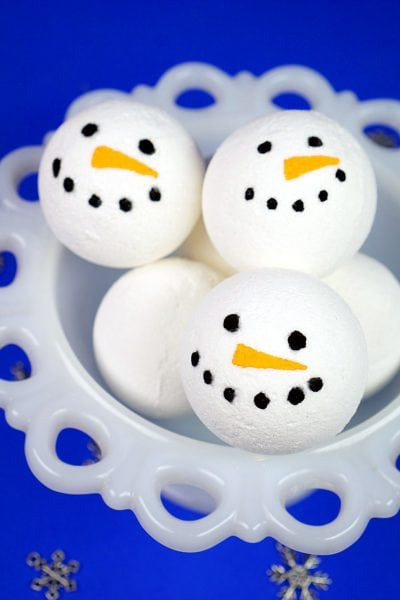 DIY Snowman Bath Bombs 2