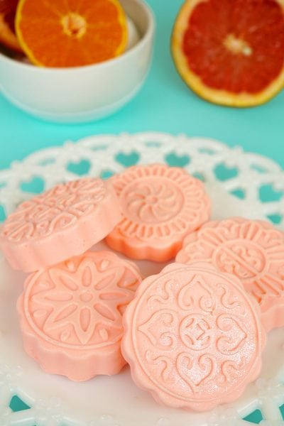 10-Minute Shimmery Grapefruit Soap