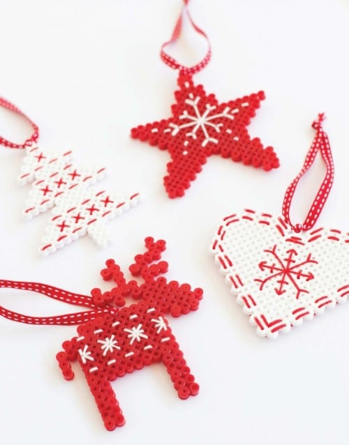 Christmas Perler Bead Patterns & Ideas - Happiness is Homemade