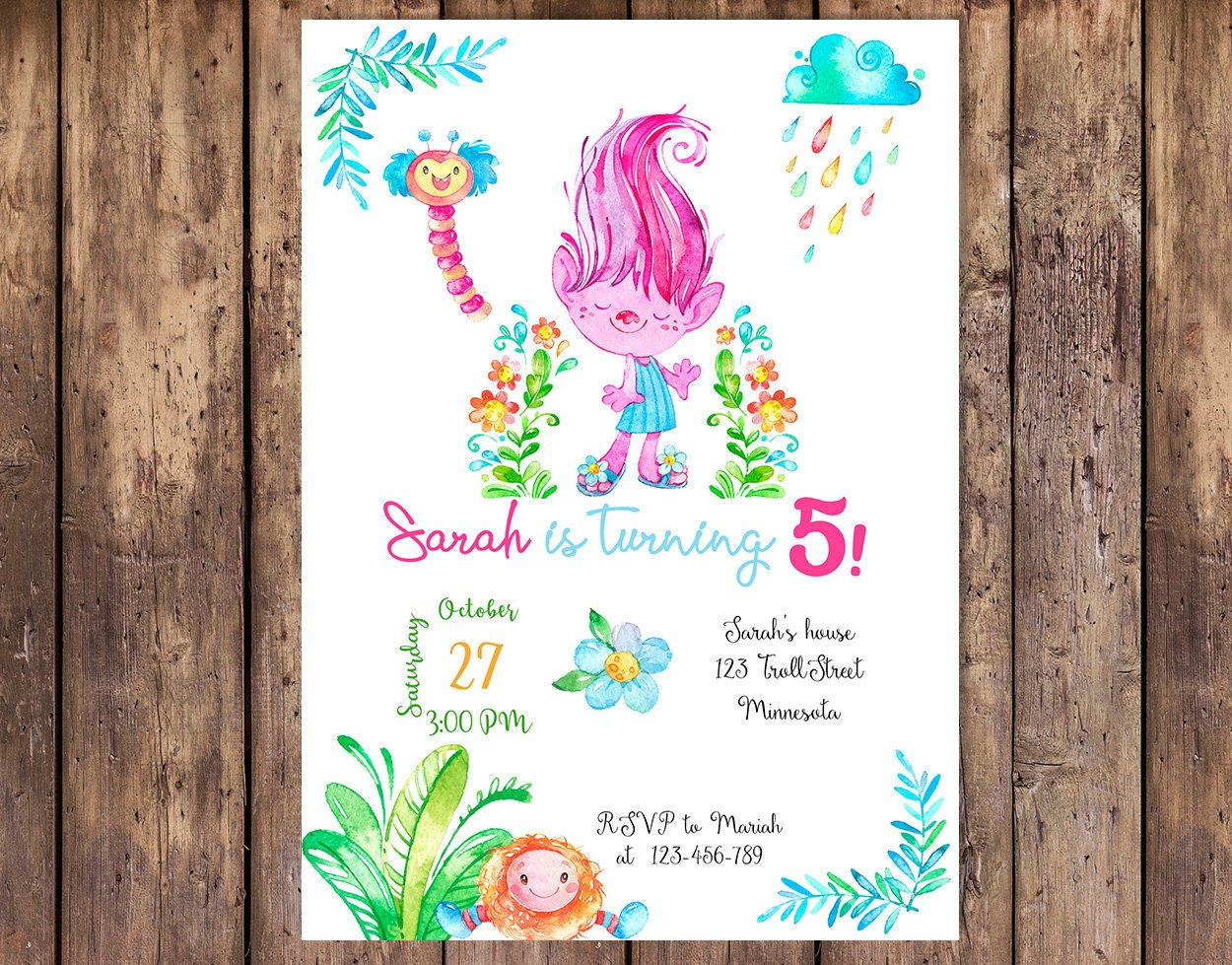 c72fefbd112d These watercolor Trolls party invitations from Paulaparalua are so pretty!  It comes in a cute blue version