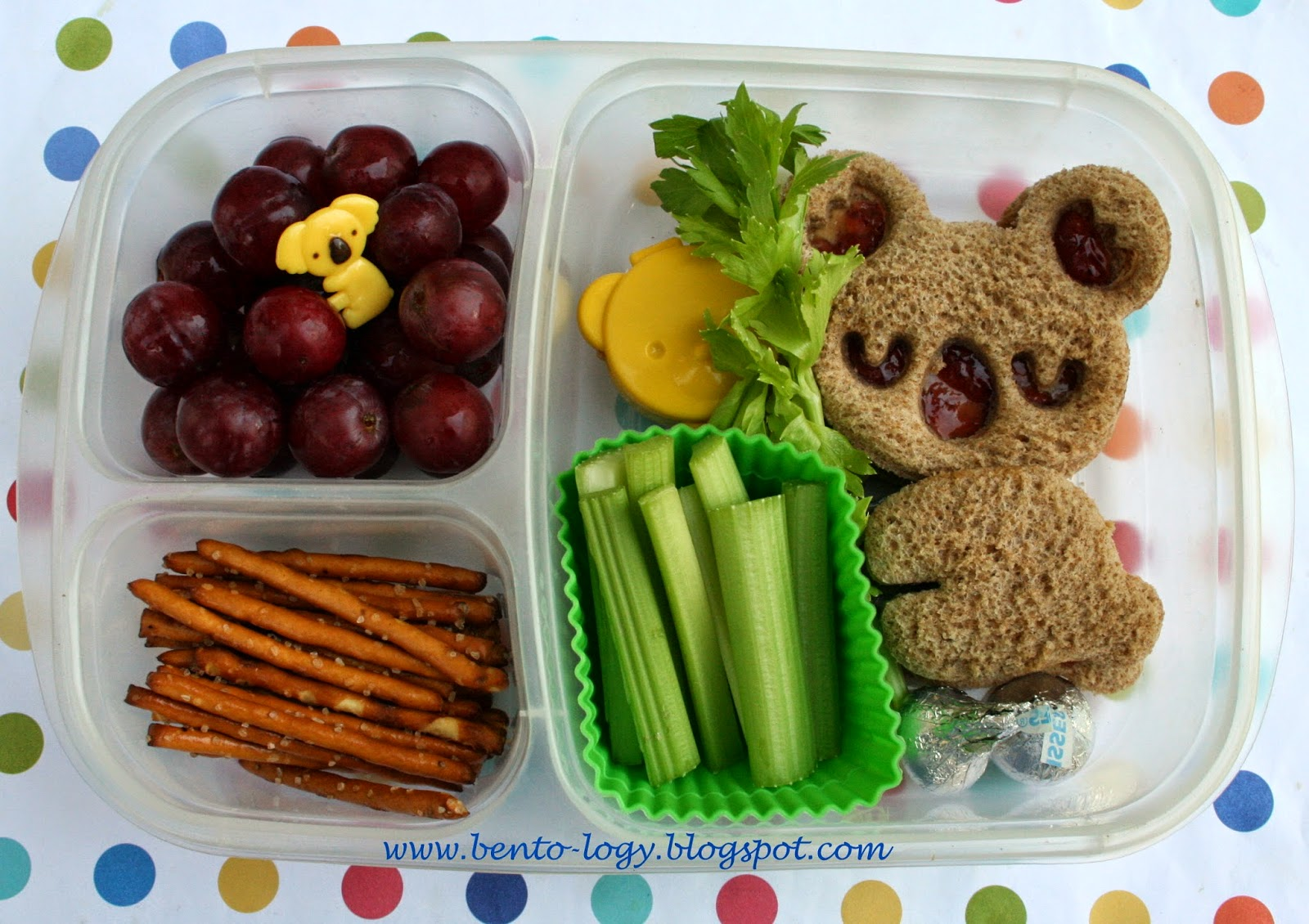 All It Takes Is A Cute Shaped Sandwich Cutter To Make This Adorable Koala Kids Bento Lunch Box From Logy