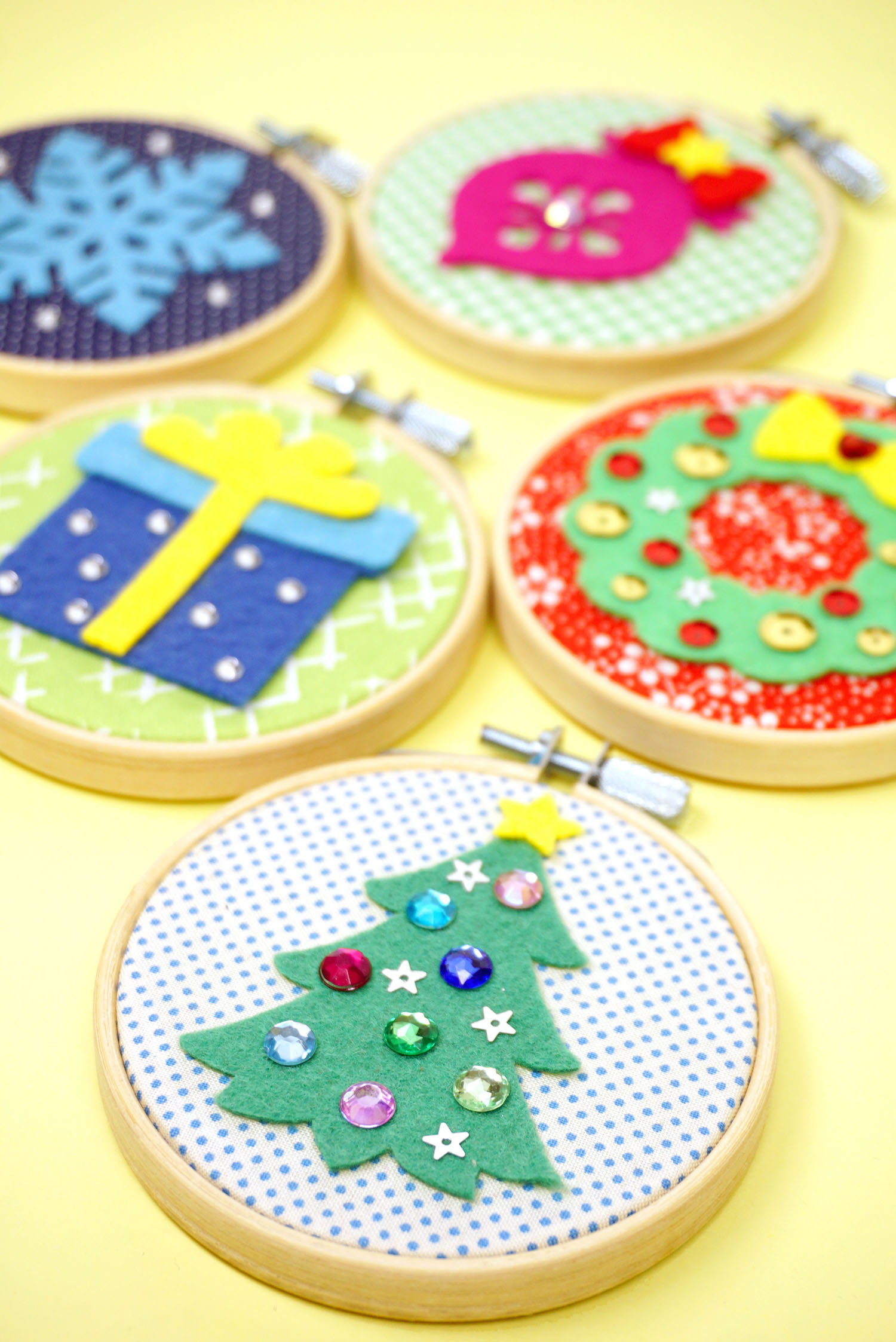 Diy Christmas Ornaments Easy Group Craft Happiness Is