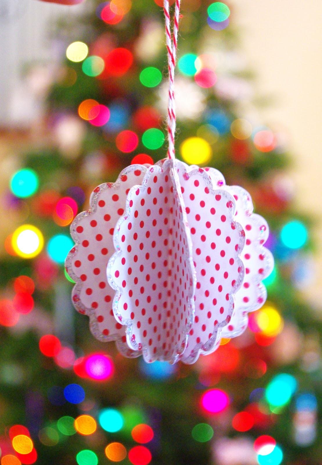 scalloped paper ball ornament  tutorial
